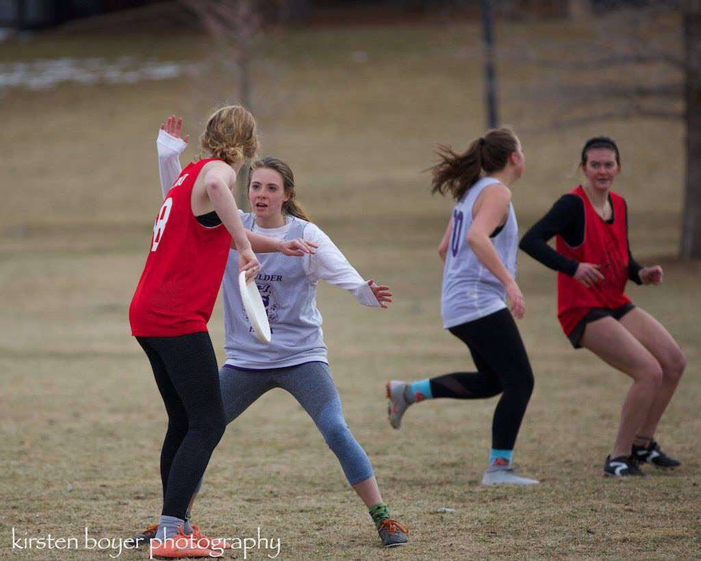 Sophia+Ottinger+and+Sophie+Park+attempt+to+keep+a+rival+frisbee+team+from+scoring