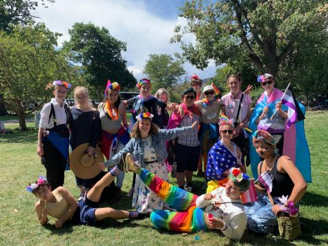 GSA members pose for a picture on the Central Park lawn at Pridefast 2019. Photo via Lainey Bonewitz