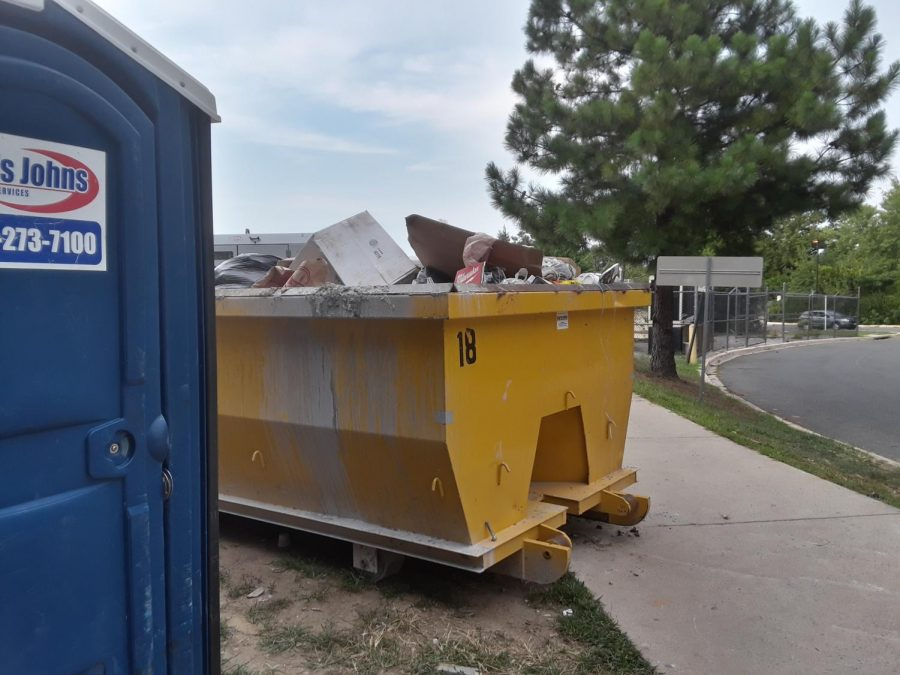 With 625 96 Square Foot dumpsters, there would be no excuse to litter in the White House halls.